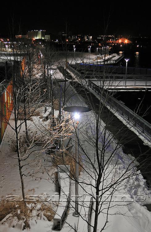 Night in Brooklyn's park