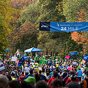 NYTRUN - NOV. 6, 2016 - NEW YORK - Participants in the 2016 TCS New York City Marathon pass the 24 Mile marker in Central Park on Sunday afternoon. NYTCREDIT:  Karsten Moran for The New York Times