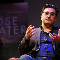 Iranian Canadian journalist Maziar Bahari speaks with Professor Mark Danner at the Berkeley Repertory Theatre about the film Rosewater, on Tuesday, Oct 21, 2004. (Photo/Alex Menendez/ UC Berkeley Graduate School of Journalism)