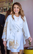 Queen Rania Visits Mahes School