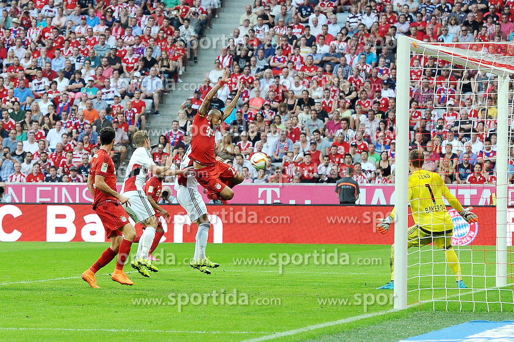 29.08.2015, Allianz Arena, Muenchen, GER, 1. FBL, FC Bayern Muenchen vs Bayer 04 Leverkusen, 3. Runde, im Bild Arturo Vidal (FC Bayern Meunchen) wird im Strafraum ungestossen, was zum Elfmeter fuehrt. // during the German Bundesliga 3rd round match between FC Bayern Munich and Bayer 04 Leverkusen at the Allianz Arena in Muenchen, Germany on 2015/08/29. EXPA Pictures &copy; 2015, PhotoCredit: EXPA/ Eibner-Pressefoto/ Stuetzle<br /> <br /> *****ATTENTION - OUT of GER*****