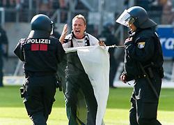 07.05.2011, Commerzbank-Arena, Frankfurt, GER, 1. FBL, Eintracht Frankfurt vs 1.FC Koeln, im Bild          EXPA Pictures © 2011, PhotoCredit: EXPA/ nph/  Roth       ****** out of GER / SWE / CRO  / BEL ******