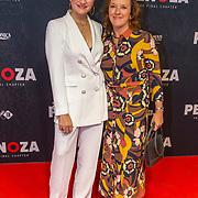 NLD/Amsterdam/20191118 - Filmpremiere Penoza: The Final Chapter,  Barbara Sloesen met haar moeder