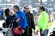 De vierde editie van De Hollandse 100 in Thialf, Heerenveen. De Hollandse 100 is een initiatief van stichting Lymph&Co. Stichting Lymph&Co steunt grensverleggend onderzoek om de behandeling van lymfklierkanker te verbeteren<br /> <br /> Op de foto:  Prins Bernhard met Prinses Annette