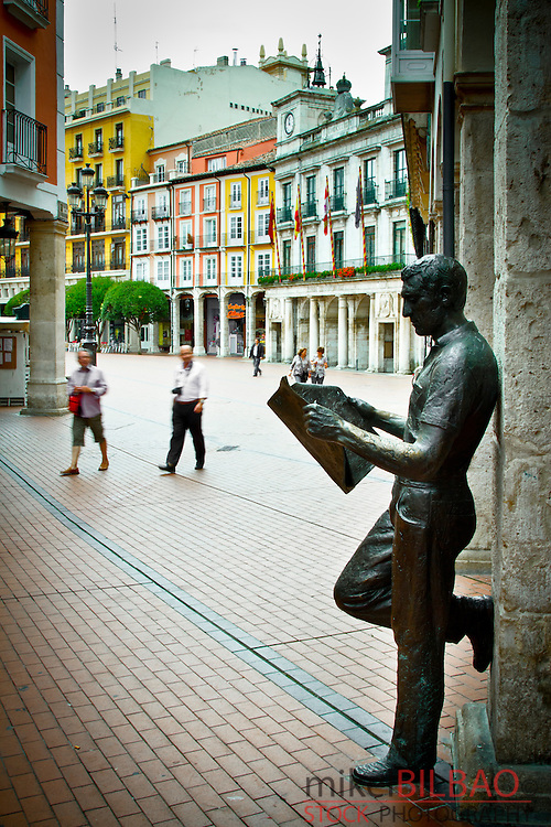 Street and Statue. Burgos city.<br /> Castile and Leon, Spain.