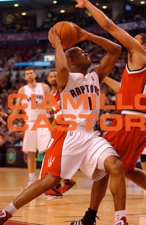 DESCRIZIONE : Toronto NBA 2009-2010 Toronto Raptors Portland Trail Blazers<br /> GIOCATORE : Jarrett Jack<br /> SQUADRA : Toronto Raptors Portland Trail Blazers<br /> EVENTO : Campionato NBA 2009-2010 <br /> GARA : Toronto Raptors Portland Trail Blazers<br /> DATA : 24/02/2010<br /> CATEGORIA :<br /> SPORT : Pallacanestro <br /> AUTORE : Agenzia Ciamillo-Castoria/V.Keslassy<br /> Galleria : NBA 2009-2010<br /> Fotonotizia : Toronto NBA 2009-2010 Toronto Raptors Portland Trail Blazers<br /> Predefinita :