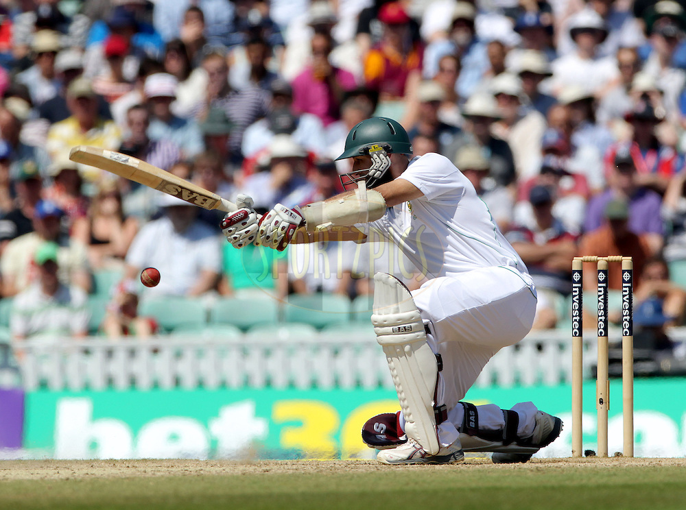 © Andrew Fosker / Seconds Left Images 2012 - South Africa's Hashim Amla gets down on his knee to cover drive    England v South Africa - 1st Investec Test Match -  Day  4 - The Oval  - London - 22/07/2012