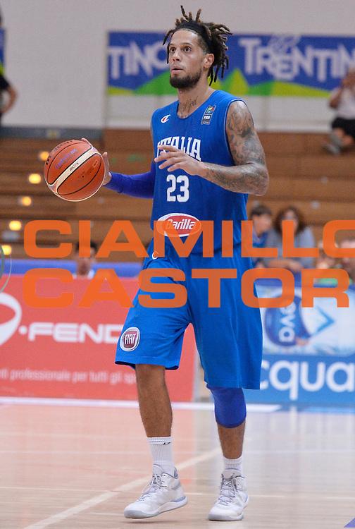 DESCRIZIONE : Trento Nazionale Italia Uomini Trentino Basket Cup Italia Austria Italy Austria <br /> GIOCATORE : Daniel Hackett<br /> CATEGORIA : palleggio<br /> SQUADRA : Italia Italy<br /> EVENTO : Trentino Basket Cup<br /> GARA : Italia Austria Italy Austria<br /> DATA : 31/07/2015<br /> SPORT : Pallacanestro<br /> AUTORE : Agenzia Ciamillo-Castoria/R.Morgano<br /> Galleria : FIP Nazionali 2015<br /> Fotonotizia : Trento Nazionale Italia Uomini Trentino Basket Cup Italia Austria Italy Austria
