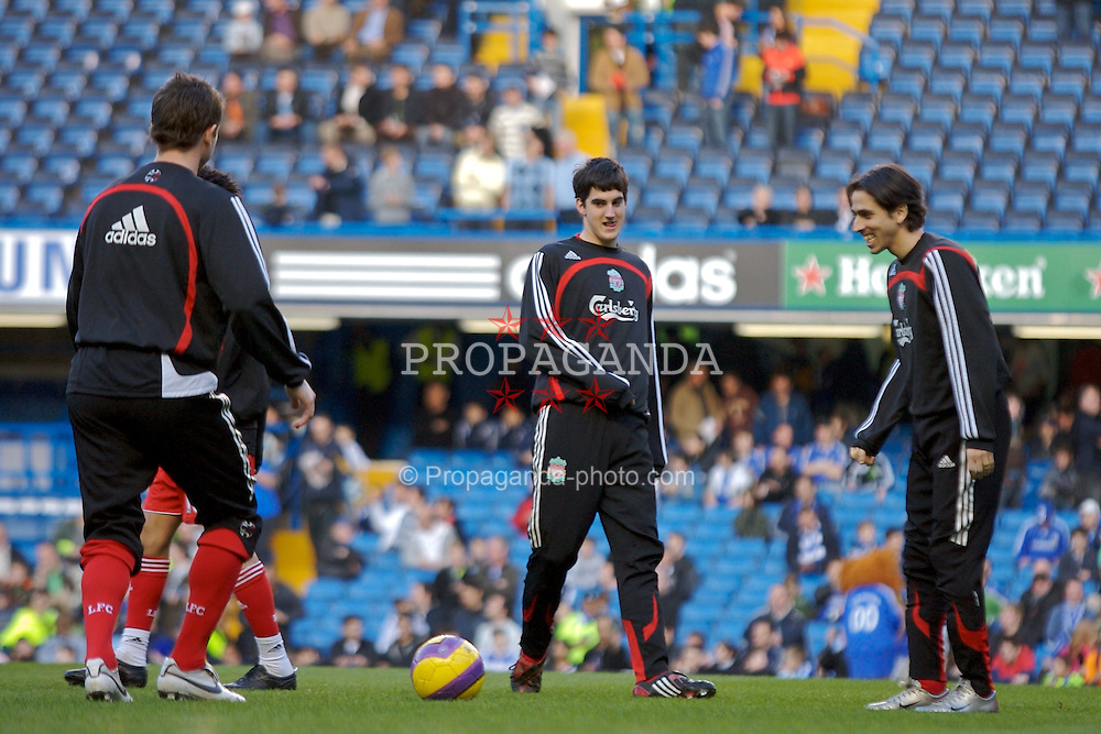LONDON, ENGLAND - Sunday, February 10, 2008: Liverpool's Mikel San Jose Dominguez warms-up before the Premiership match against Chelsea at Stamford Bridge. (Photo by David Rawcliffe/Propaganda)