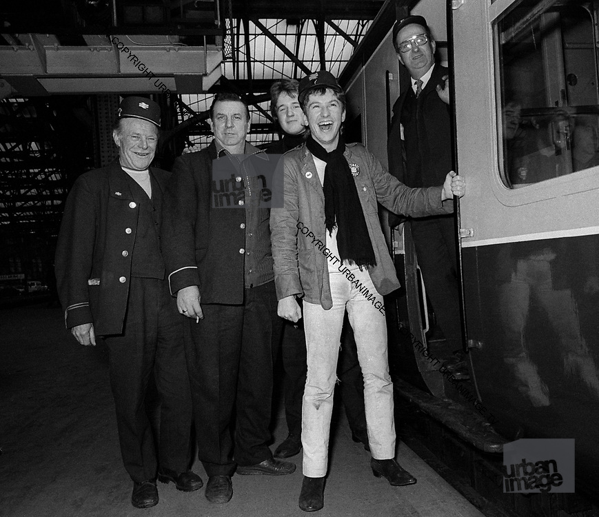 Wreckless Eric on the Stiff train1978