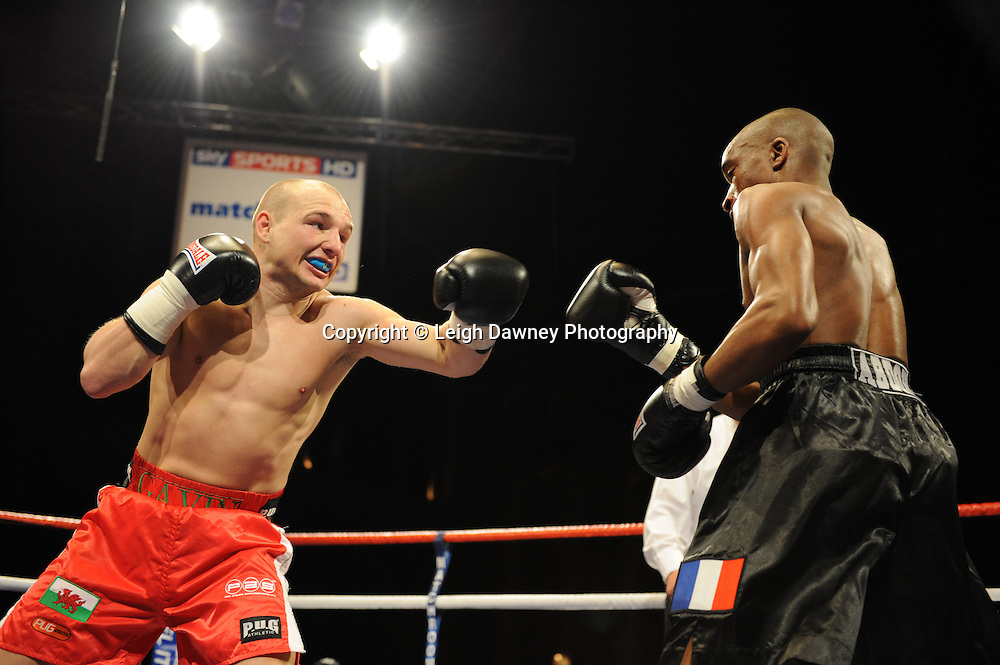 Gavin Rees defeats Abodoulaye Soukouna on the 9th April 2010 at Alexandra Palace, London. Matchroom Sport. Photo credit: © Leigh Dawney