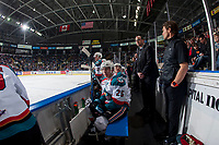 KELOWNA, CANADA - FEBRUARY 17:  Cal Foote #25 of the Kelowna Rockets sits on the bench in front of assistant coach Kris Mallette against the Edmonton Oil Kings on February 17, 2018 at Prospera Place in Kelowna, British Columbia, Canada.  (Photo by Marissa Baecker/Shoot the Breeze)  *** Local Caption ***