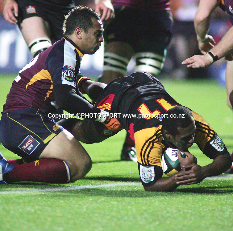 Sitiveni Sivivatu scores for the Chiefs during the Super 14 rugby union match between the Chiefs and the Reds at Waikato Stadium, Hamilton on Friday 3 March 2006. The Chiefs won 35-17. Photo: Brett O'Callaghan/PHOTOSPORT