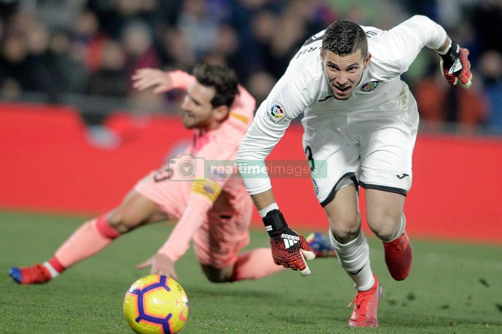 صور مباراة : خيتافي - برشلونة 1-2 ( 06-01-2019 ) 664964-021