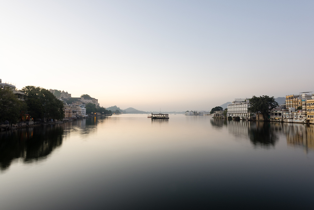 Calm Lake Pichola at dawn