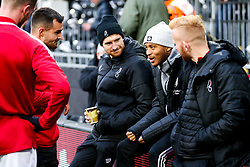 Bobby Reid of Fulham catches up with former Bristol City teammates - Rogan/JMP - 07/12/2019 - Craven Cottage - London, England - Fulham v Bristol City - Sky Bet Championship.