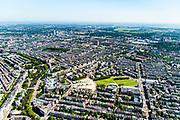 Nederland, Noord-Holland, Amsterdam, 29-06-2018; Amsterdam-Zuid, Museumkwartier. Met aan het Museumplein Concert Gebouw, Rijksmuseum, Van Goghmuseum, Stedelijk Museum.  Zicht op Oude en Nieuw Pijp, Sarphatipark.<br /> Museum quarter.<br /> View of the old town, w belt of canals.<br /> luchtfoto (toeslag op standard tarieven);<br /> aerial photo (additional fee required);<br /> copyright foto/photo Siebe Swart