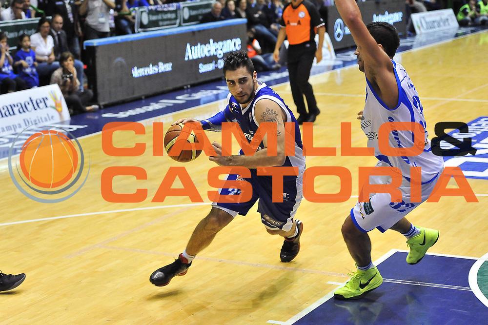 DESCRIZIONE : Gara 7 PlayOff Banco di Sardegna Dinamo Sassari - Lenovo Pallacanestro Cant&ugrave;<br /> GIOCATORE : Pietro Aradori<br /> CATEGORIA : Palleggio Penetrazione<br /> SQUADRA : Lenovo Cant&ugrave;<br /> EVENTO : PlayOff<br /> GARA : Banco di Sardegna Dinamo Sassari - Lenovo Pallacanestro Cant&ugrave;<br /> DATA : 21/05/2013<br /> SPORT : Pallacanestro <br /> AUTORE : Agenzia Ciamillo-Castoria / Luigi Canu<br /> Galleria : Lega Basket A 2012-2013  <br /> Fotonotizia : Gara 7 PlayOff Banco di Sardegna Dinamo Sassari - Lenovo Pallacanestro Cant&ugrave;<br /> Predefinita :