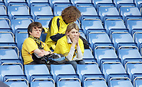 Photo: Rich Eaton.<br /> <br /> Oxford United v Leyton Orient. Coca Cola League 2. 06/05/2006.<br /> <br /> Oxford United fans dejected after their team is relegated