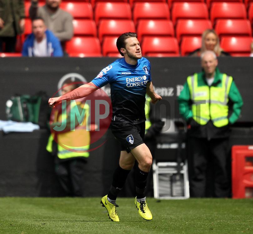 Bournemouth's Harry Arter celebrates scoring his sides second goal - Photo mandatory by-line: Robbie Stephenson/JMP - Mobile: 07966 386802 - 02/05/2015 - SPORT - Football - Charlton - The Valley - Charlton v AFC Bournemouth - Sky Bet Championsip