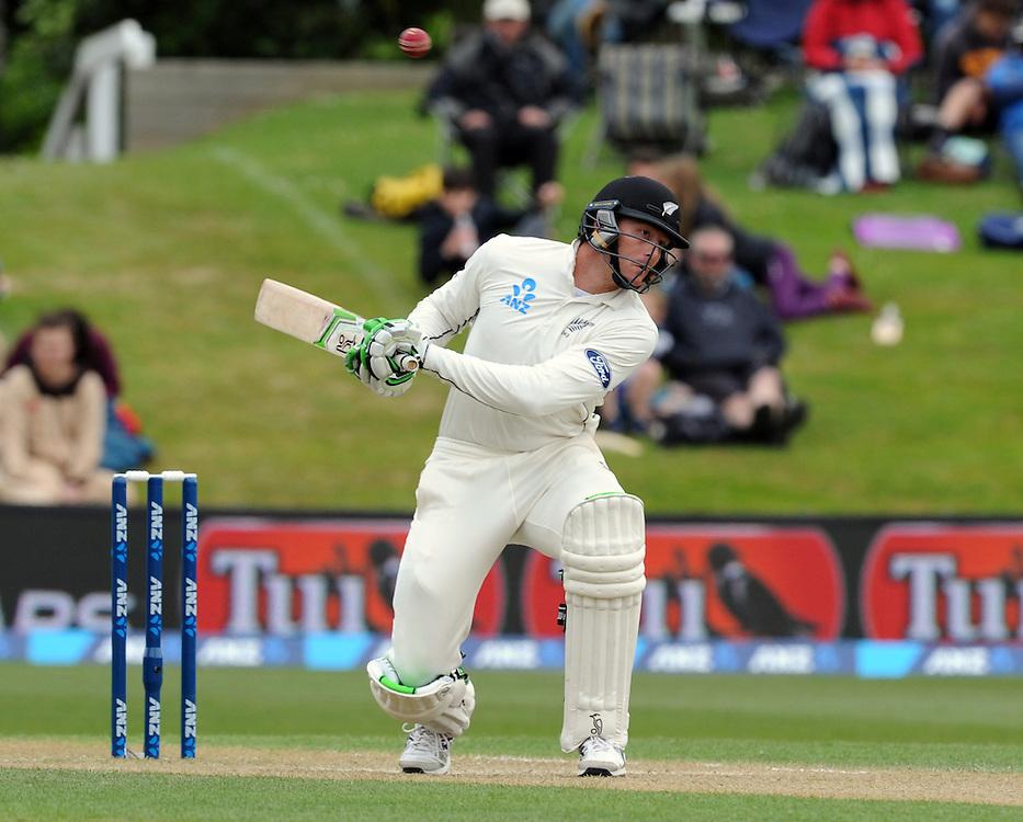 New Zealand's Martin Guptill ducks against  ouncer from Sri Lanka's Angelo Mathews on day three of the first International Cricket Test, University Cricket Oval, Dunedin, New Zealand, Saturday, December 12, 2015. Credit:SNPA / Ross Setford