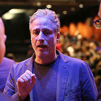 Director Jon Stewart speaks onstage about the film Rosewater at the Berkeley Repertory Theatre on Tuesday, Oct 21, 2004. (Photo/Alex Menendez/ UC Berkeley Graduate School of Journalism)