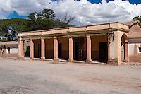 CASA CON GALERIA, MOLINOS, VALLES CALCHAQUIES, PROV. DE SALTA, ARGENTINA