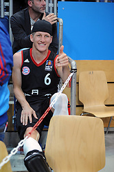 06.06.2013, Stechert Arena, Bamberg, GER, 1. BBL, 5. Playoff Halbfinale, Brose Baskets Bamberg vs FC Bayern Muenchen, im Bild Fussballer Bastian Schweinsteiger unterstuetzt die Basketballer des FC BAyern Muenchen mit Daumen nach oben // during the 5th playoff semifinal match of germans 1st basketbal Bundesliga between Brose Baskets Bamberg and FC Bayern Munich ath the Stechert Arena, Bamberg, Germany on 2013/06/06. EXPA Pictures &copy; 2013, PhotoCredit: EXPA/ Eibner/ Hans Martin Issler<br /> <br /> ***** ATTENTION - OUT OF GER *****