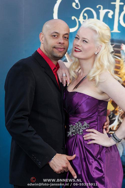 NLD/Amsterdam/20120327 - Premiere Cirque du Soleil Corteo, Monique Sluyter en partner Humphrey Proeve