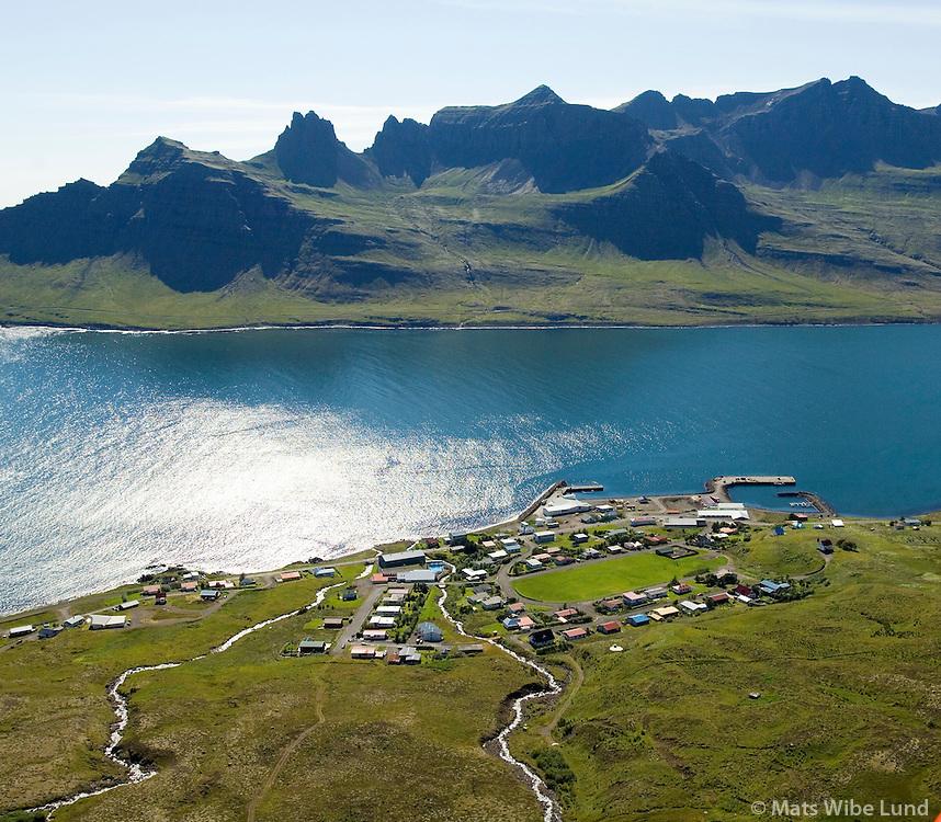 Stöðvarfjörður til suðurs, Fjarðabyggð / Stodbvarfjordur viewing south, Fjardabyggd.