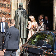 NLD/Hoogeveen/20190918 - Koningspaar brengt bezoek Zuid-west Drenthe, Koningin Maxima vertrekt uit Meppel