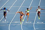 RIO DE JANEIRO - Dafne Schippers tijdens de finale va de 200 m in het Olympisch Stadion tijdens de Olympische Spelen van Rio. ANP ROBIN UTRECHT