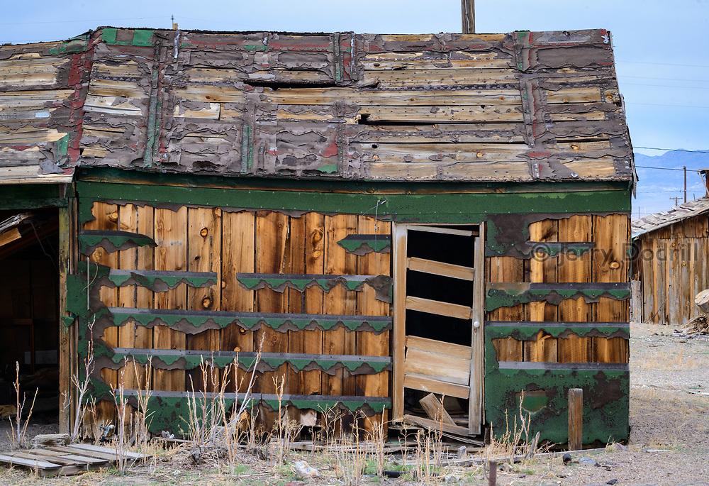 Dilapidated shack in Mina, Nevada