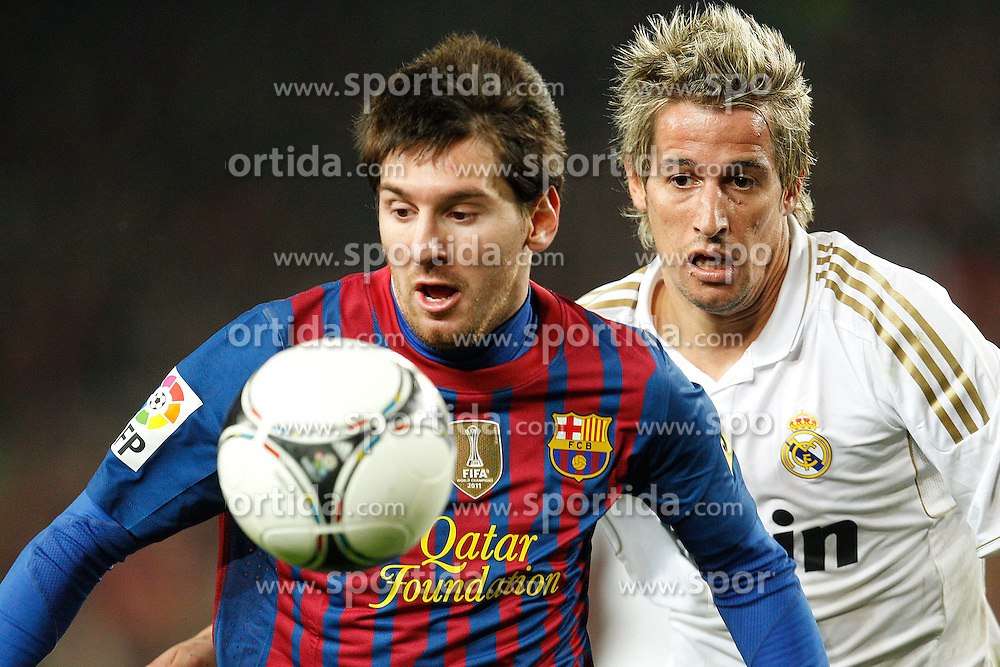 25.01.2012, Stadion Camp Nou, Barcelona, ESP, Copa del Rey, FC Barcelona vs Real Madrid, im Bild Barcelona's Daniel Alves and Real Madrid's Fabio Coentrao // during the football match of spanish Copy del Rey, between FC Barcelona and Real Madrid at Camp Nou stadium, Barcelona, Spain on 2012/01/25. EXPA Pictures © 2012, PhotoCredit: EXPA/ Alterphotos/ Cesar Cebolla..***** ATTENTION - OUT OF ESP and SUI *****