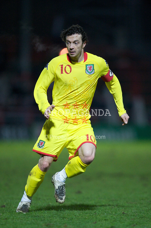 WREXHAM, WALES - Wednesday, February 6, 2008: Wales' captain Simon Davies in action against Norway during an international friendly match at the Racecourse Ground. (Photo by David Rawcliffe/Propaganda)