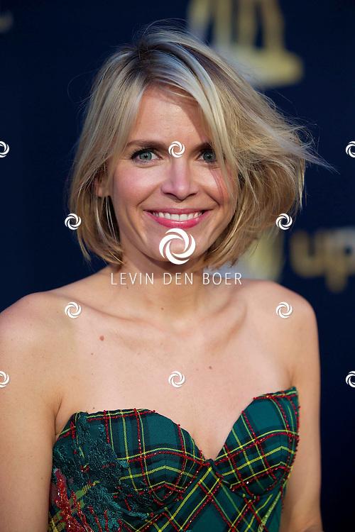 UTRECHT - In TivoliVredenburg zijn de Gouden Kalveren 2014 uitgereikt. Velen bekende Nederlanders en filmsterren kwamen over de rode loper. Met hier op de foto  Hanna Verboom. FOTO LEVIN DEN BOER - PERSFOTO.NU