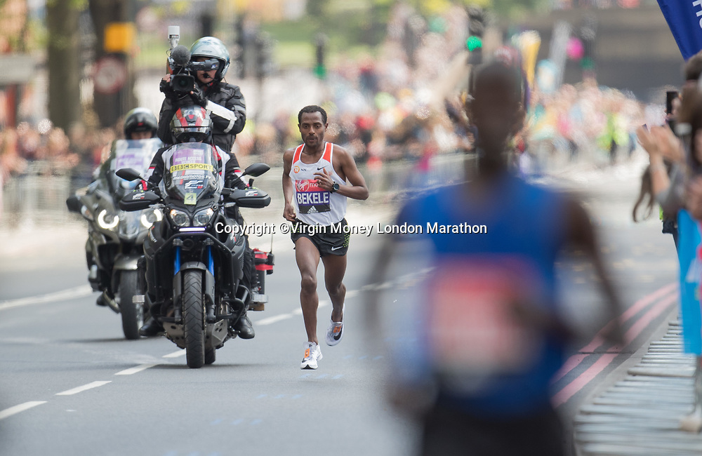 Kenenisa Bekele ETH in action in the Elite Men&rsquo;s Race. The Virgin Money London Marathon, 23rd April 2017.<br /> <br /> Photo: Jed Leicester for Virgin Money London Marathon<br /> <br /> For further information: media@londonmarathonevents.co.uk
