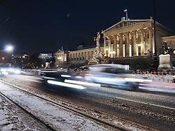 15.12.2010, Innere Stadt, Wien, AUT,  Wien Feature, im Bild Verkehr am Ring vor dem Parlament in Wien// EXPA Pictures © 2010, PhotoCredit: EXPA/ M. Gruber