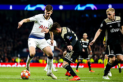 Juan Foyth of Tottenham Hotspur takes on Nicolas Tagliafico of Ajax - Mandatory by-line: Robbie Stephenson/JMP - 30/04/2019 - FOOTBALL - Tottenham Hotspur Stadium - London, England - Tottenham Hotspur v Ajax - UEFA Champions League Semi-Final 1st Leg
