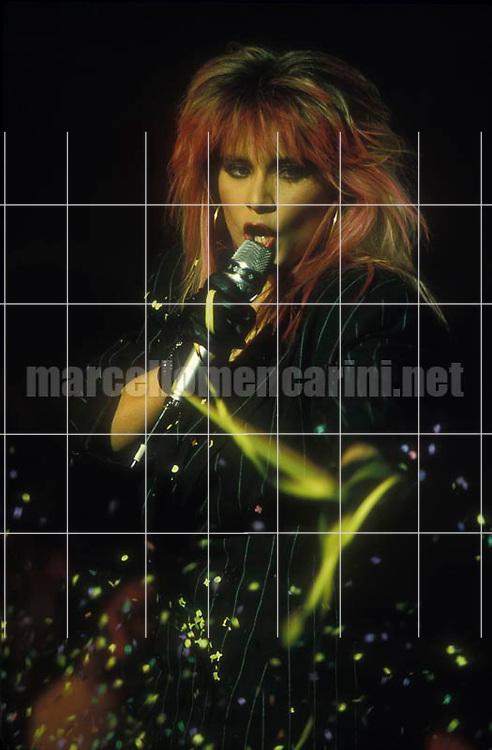 Rome, 1988. British pop singer Samantha Fox / Roma, 1988. La cantante Samantha Fox - © Marcelllo Mencarini