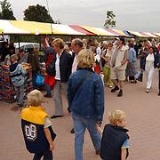 150 Jaar Huizer haven, Neeltje Jacoba, drukte braderie
