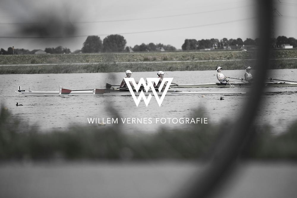www.sportindetail.nl, Zevenhuizen, Roeien, meefietsende begeleiders