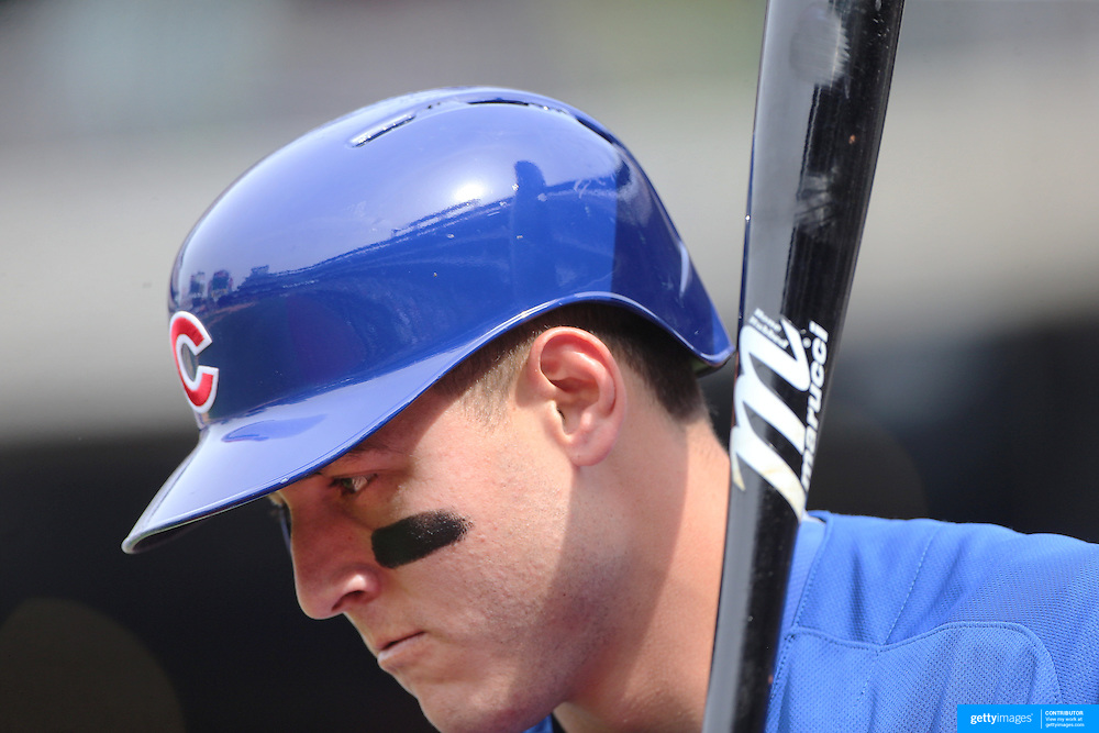 NEW YORK, NEW YORK - July 03: Anthony Rizzo #44 of the Chicago Cubs preparing to bat during the Chicago Cubs Vs New York Mets regular season MLB game at Citi Field on July 03, 2016 in New York City. (Photo by Tim Clayton/Corbis via Getty Images)