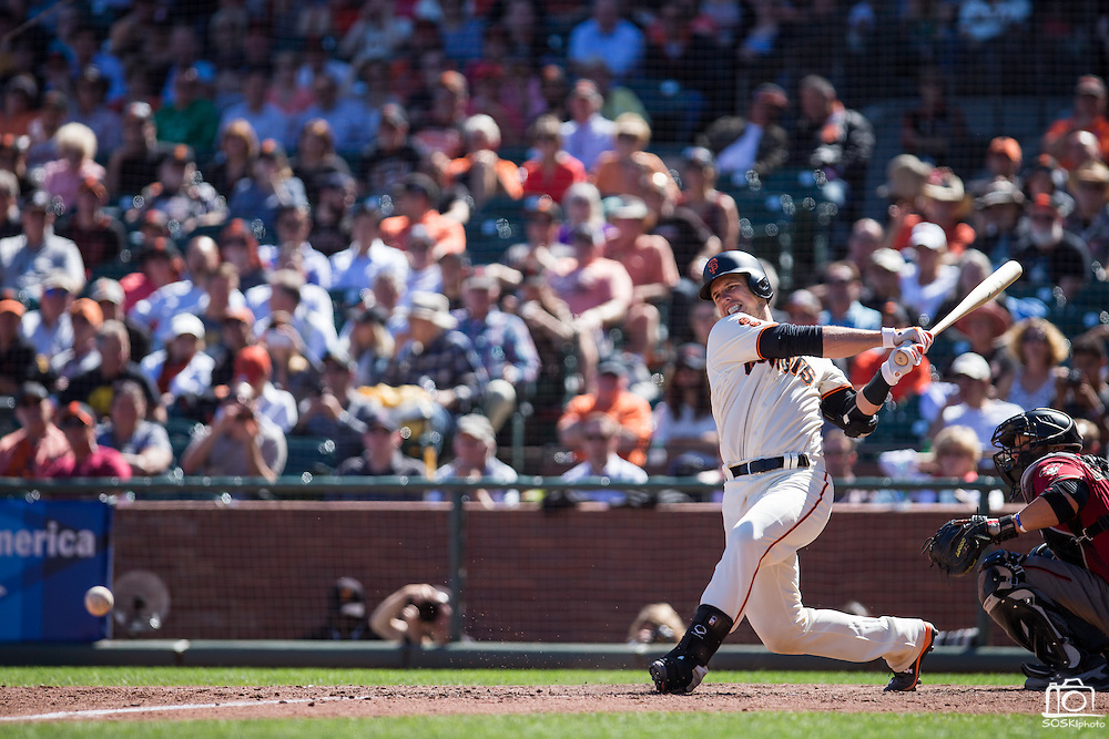 San Francisco Giants catcher Buster Posey (28) takes a swing against the Arizona Diamondbacks at AT&T Park in San Francisco, Calif., on August 31, 2016. (Stan Olszewski/Special to S.F. Examiner)