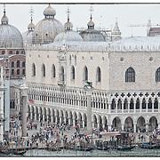 Venezia vista dal ponte di una grande nave da crociera