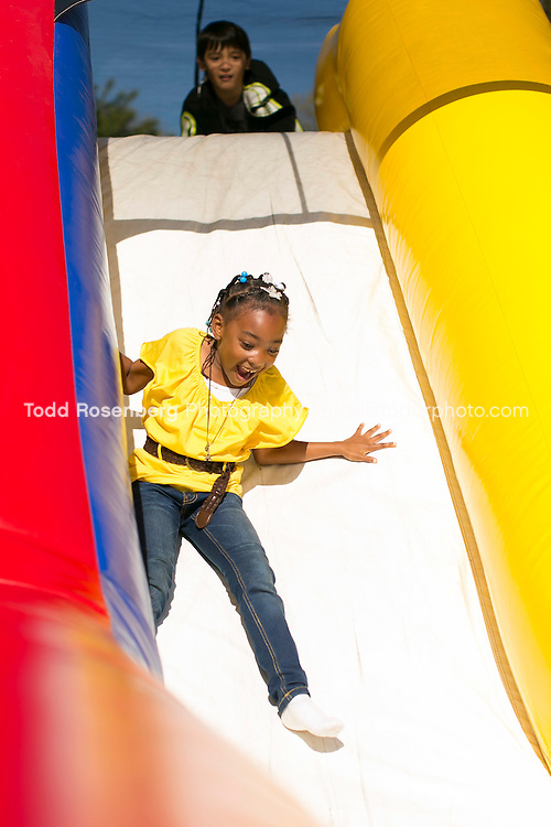 10/10/15 2:09:23 PM -- Chicago, IL, USA<br /> <br /> Lincoln Park Zoo Fall Festival <br /> <br /> . &copy; Todd Rosenberg Photography 2015