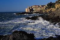 2000, Tellaro, Italy --- Tellaro on Gulf of La Spezia --- Image by © Owen Franken/CORBIS