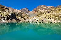 Mountain impression Lac Blanc, Aiguilles Rouges - Europe, France, Haute Savoie, Aiguilles Rouges, Chamonix, Lac Blanc - Noon - September 2008