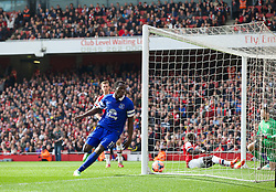 08.03.2014, Emirates Stadium, London, ENG, FA Cup, FC Arsenal vs FC Everton, Viertel Finale, im Bild Everton's Romelu Lukaku celebrates scoring the first equalising goal against Arsenal // during the English FA Cup quater final match between Arsenal FC and Everton FC at the Emirates Stadium in London, Great Britain on 2014/03/08. EXPA Pictures © 2014, PhotoCredit: EXPA/ Propagandaphoto/ David Rawcliffe<br /> <br /> *****ATTENTION - OUT of ENG, GBR*****