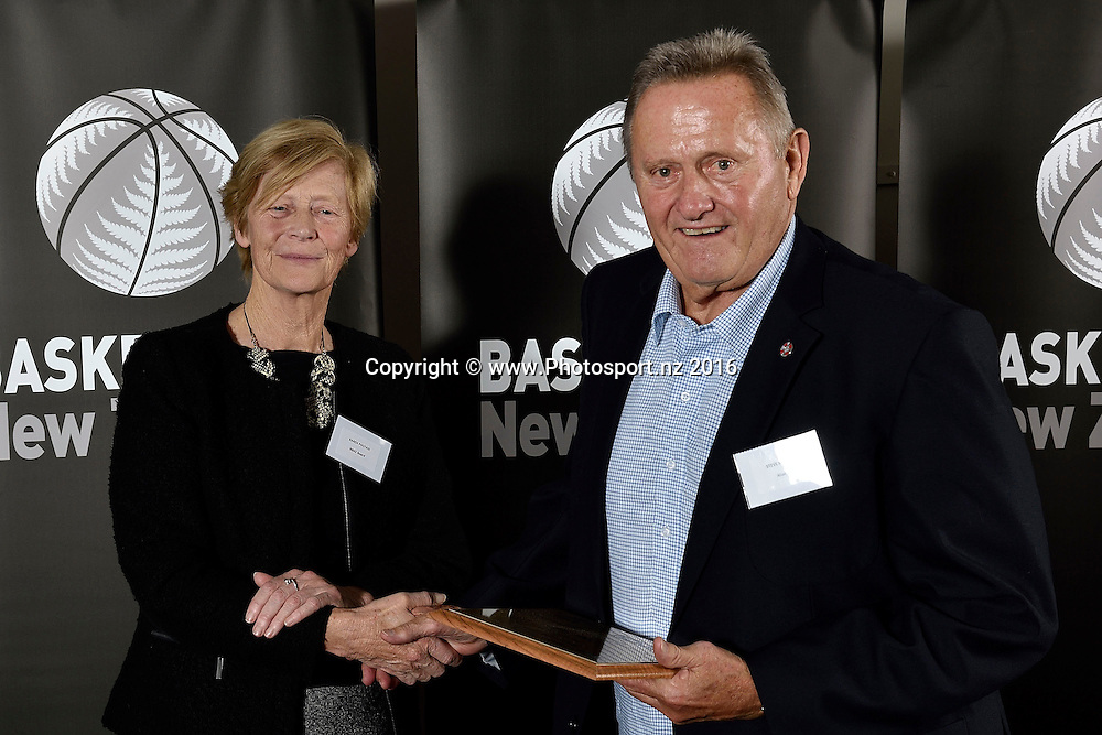 Steve McKean (R receives a Hall of Fame plaque on behalf of Stan Hill from Karen Poutasi during the Basketball New Zealand awards evening at the Mercure Hotel in Wellington on Friday the 20th of May 2016. Copyright Photo by Marty Melville / www.Photosport.nz
